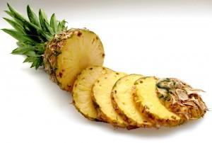 ananas krájený