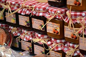 Ze sklizeného ovoce připravíte skvělou marmeládu.