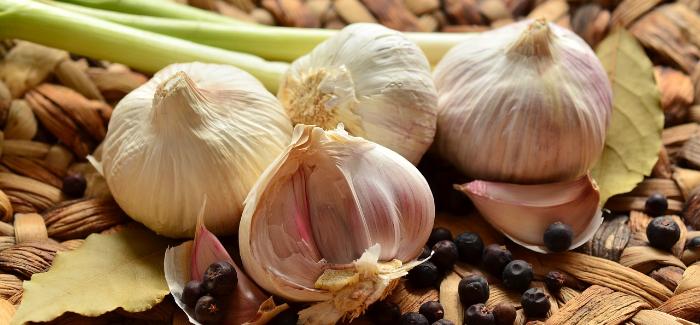 3 Způsoby, Jak Si Doma Připravit Sušený česnek